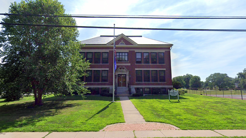 Photo of the district building in Wethersfield, CT